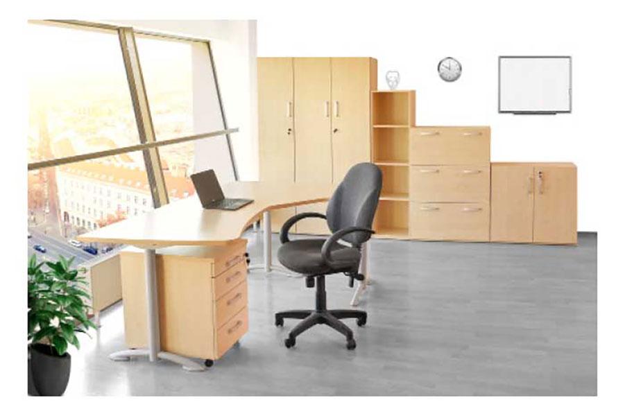 Irodai bútorok képe egy irodában